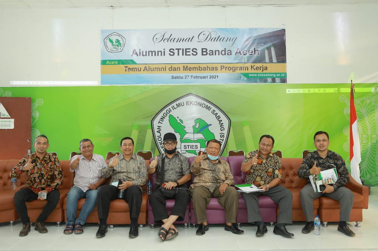 Temu Alumni Dan Sosialisasi Peluang Kerja STIES Banda Aceh
